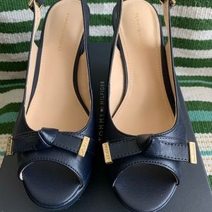 TOMMY HILFIGER Navy Twkarra Wedge Sandals 6.5 NWT